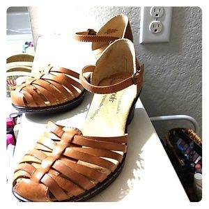 👗 sandals nwot